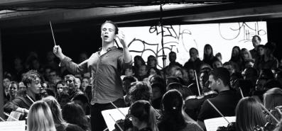 chris conducting